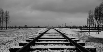 מסילות רכבת בשלג