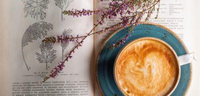 על ארוחות  מטפוריות וארוחות אמיתיות: חמש ארוחות בוקר בספרות